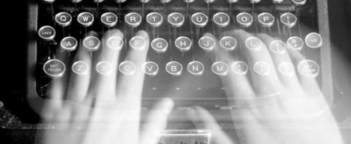 5 Key Reasons Why You Should Hire a Ghostwriter